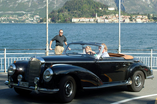 Elegant cars lake Como